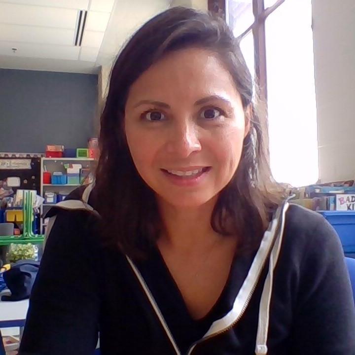 Carmen Azarone's Profile Photo