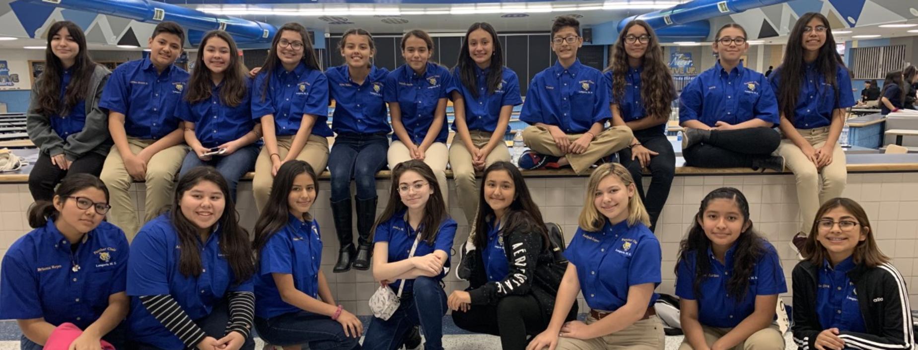 Choir students at Robert Vela High School