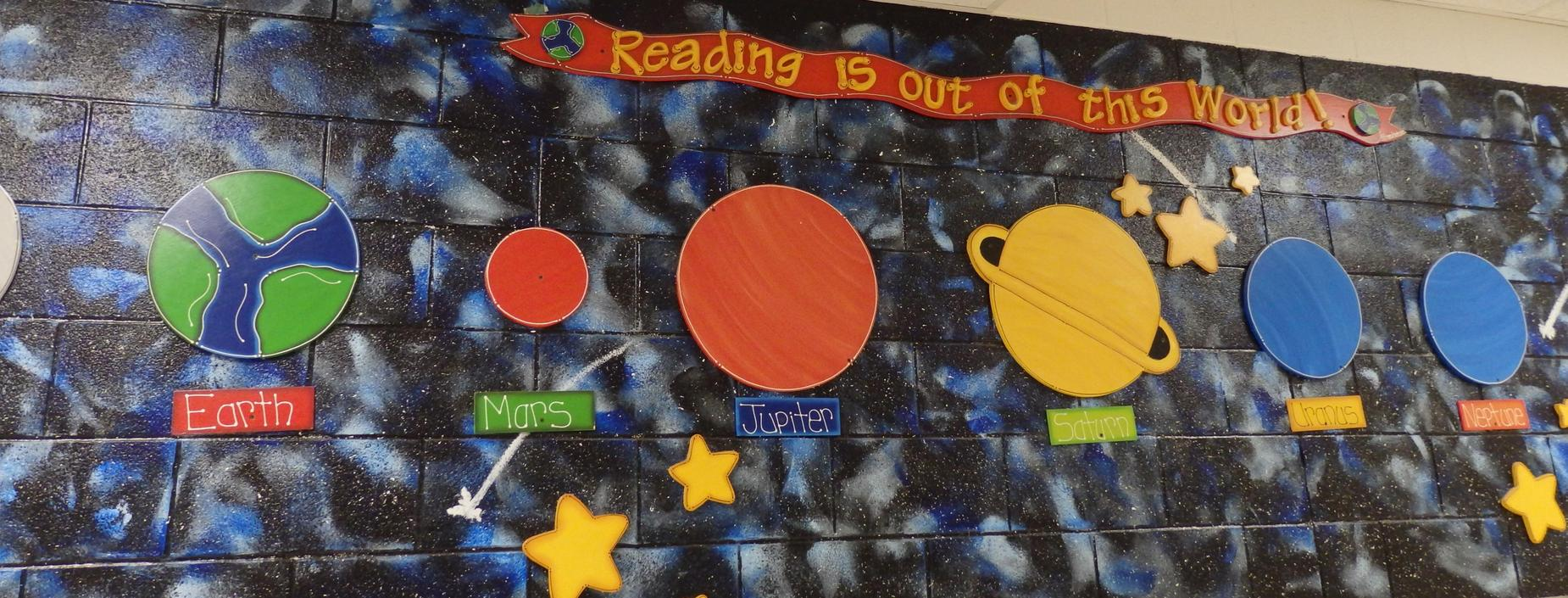 Image of solar system on the main Guerra hallway.