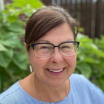 Lynn Royle's Profile Photo