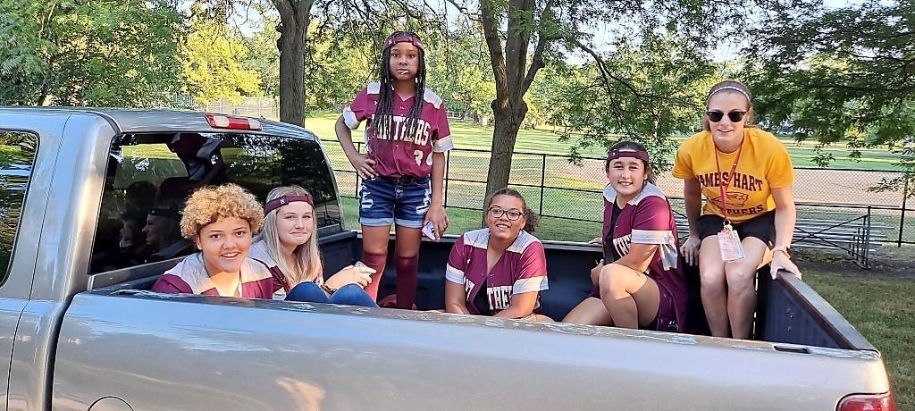 softball team in parade