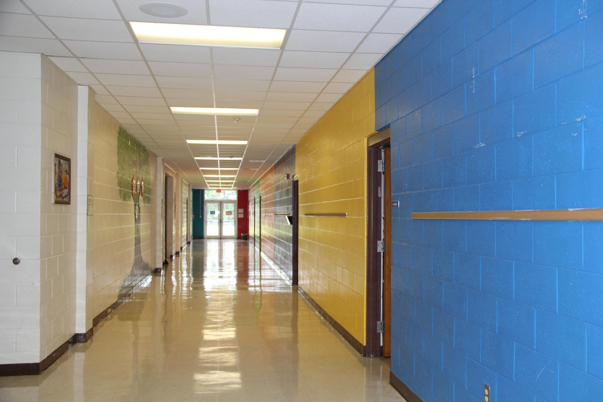 Picture of empty hallway