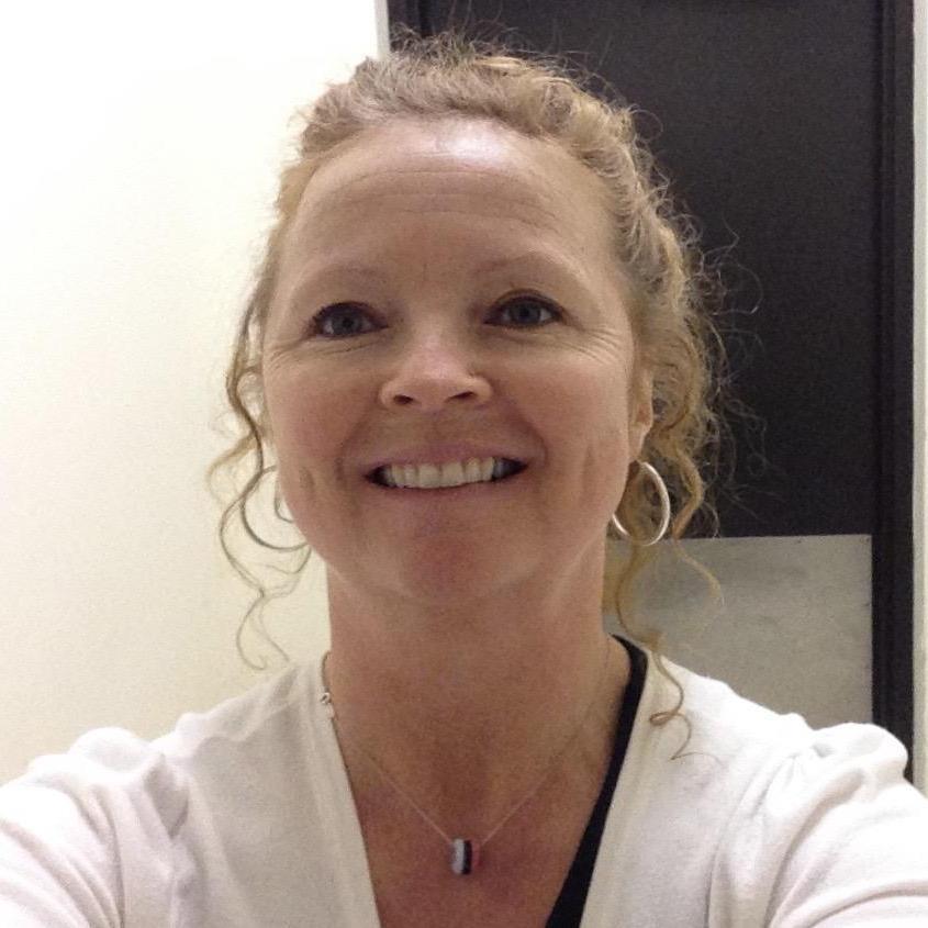 Carol Leonard's Profile Photo