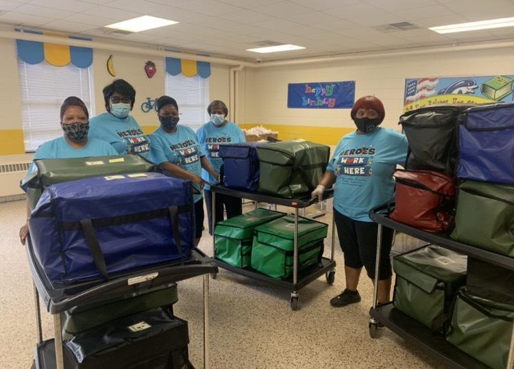 ECPS celebrates School Lunch Hero Day! Featured Photo