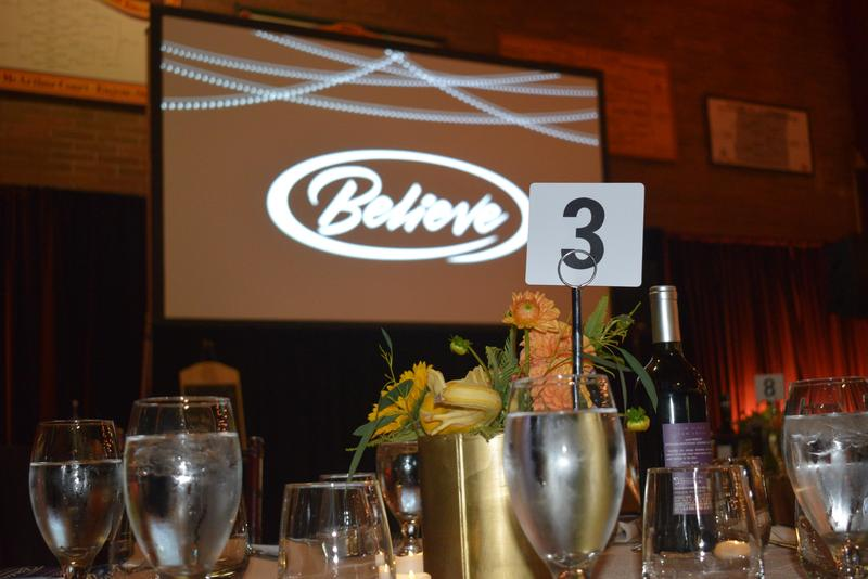 photo of banquet table