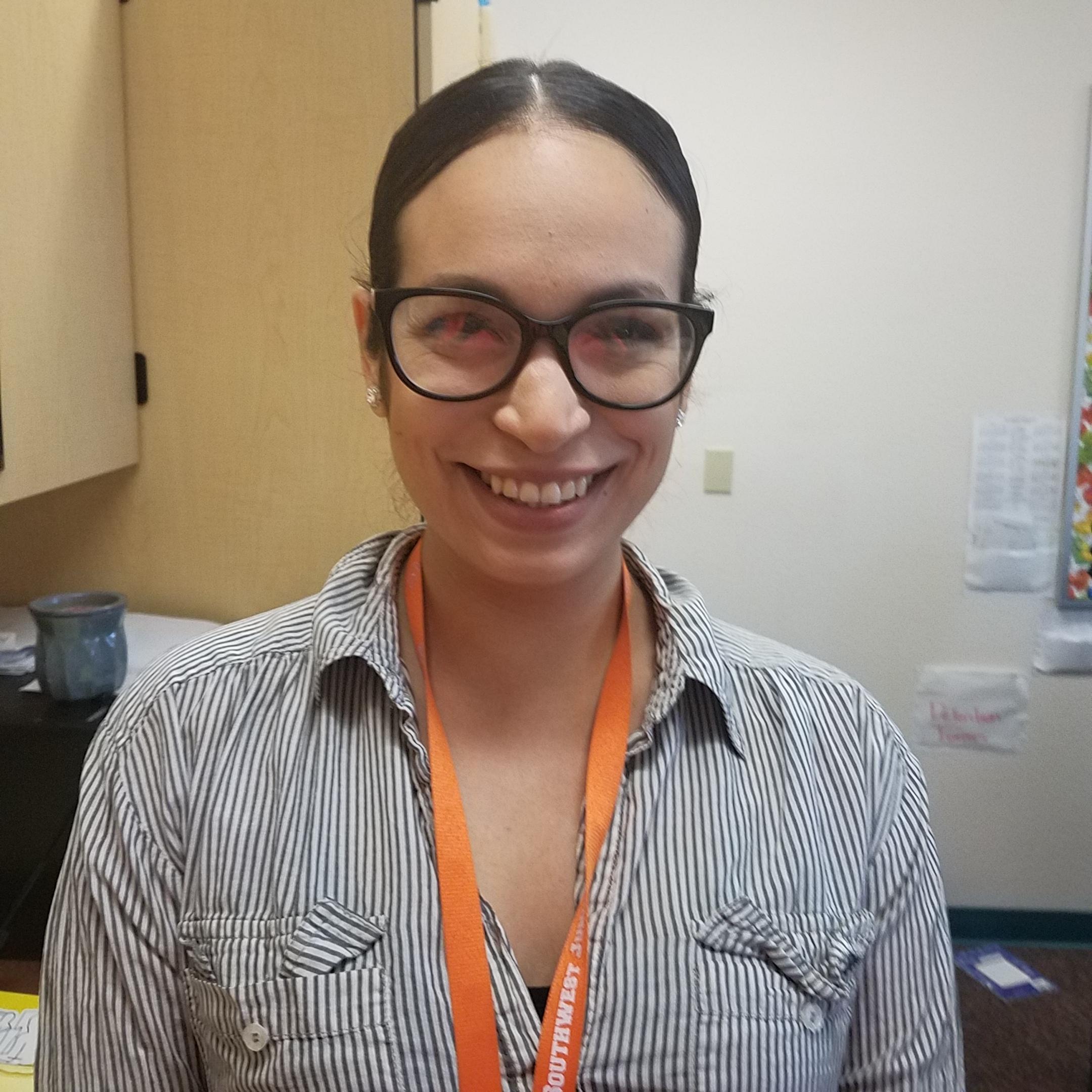Evelyn Molina's Profile Photo