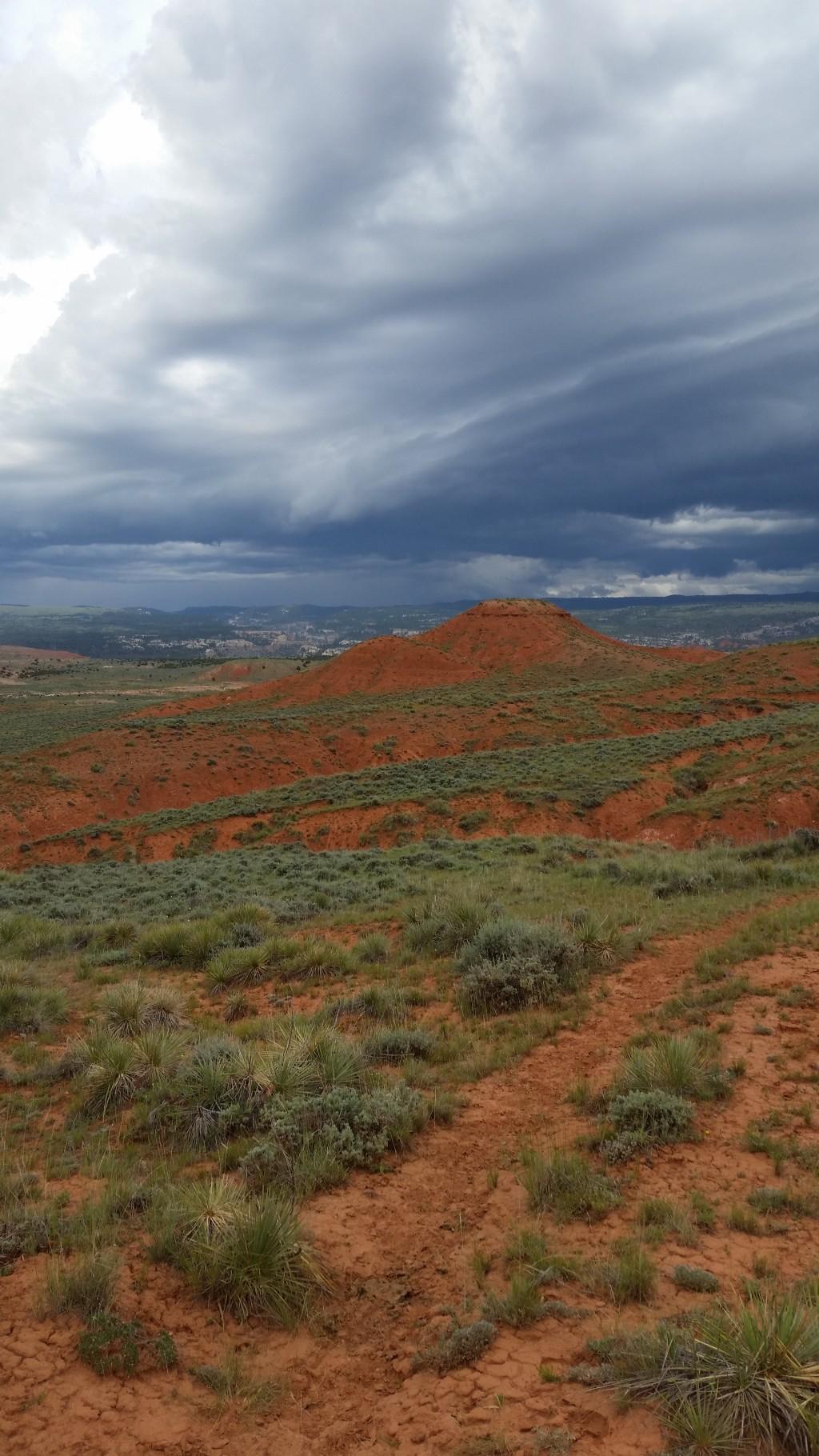 Red hills around Ten Sleep