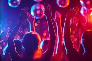 middle-school-dance-ideas-themes-article-600x400.jpg