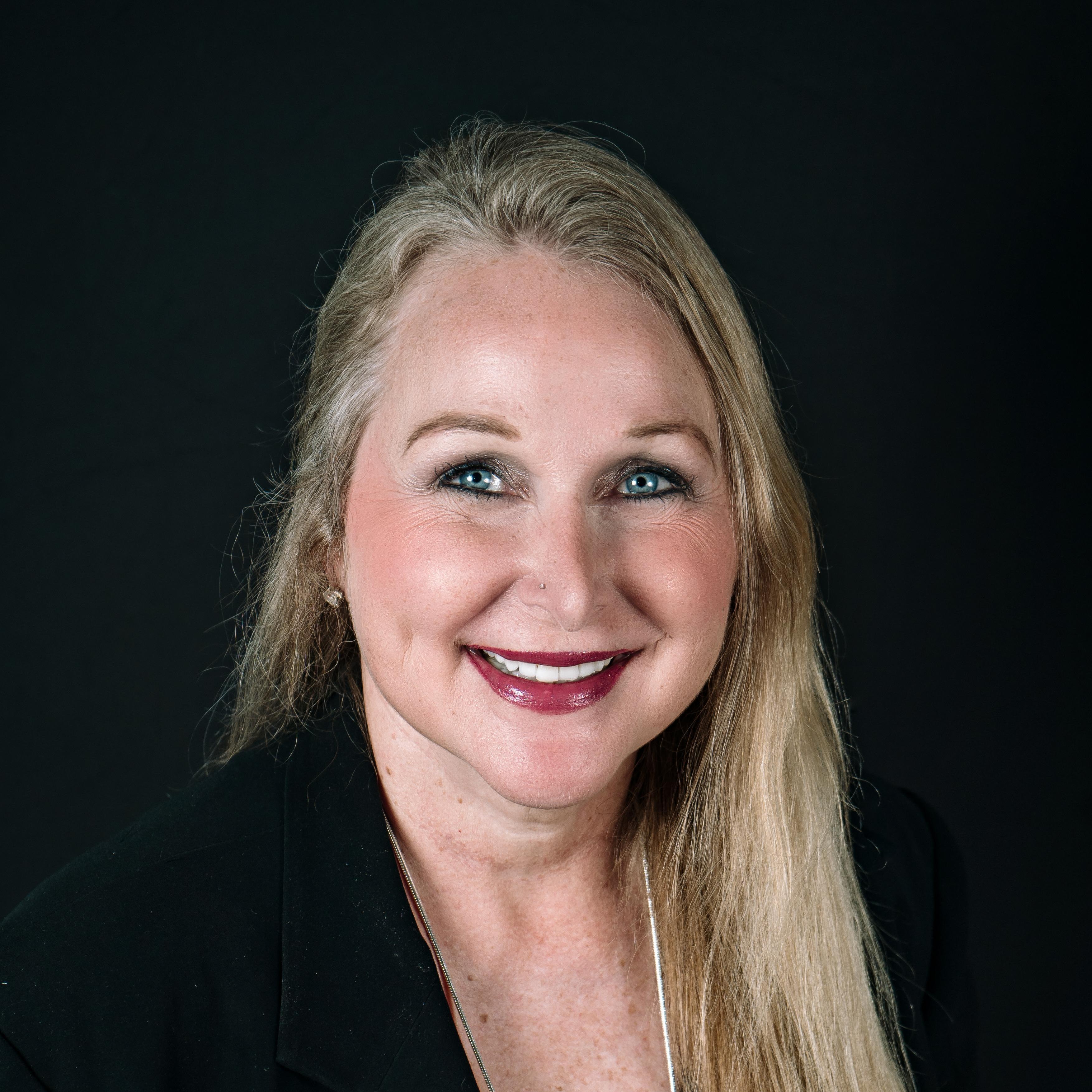 Brenda Busse's Profile Photo
