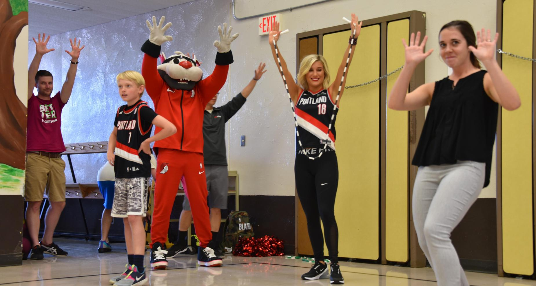 Trail Blazers cheerleaders and mascot at Rocky Heights Elementary.