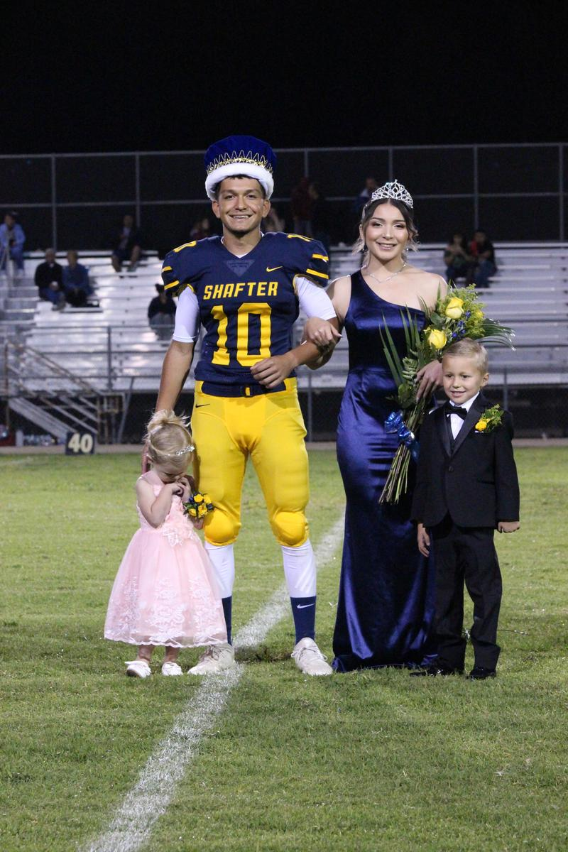 Homecoming Court Pictures Thumbnail Image