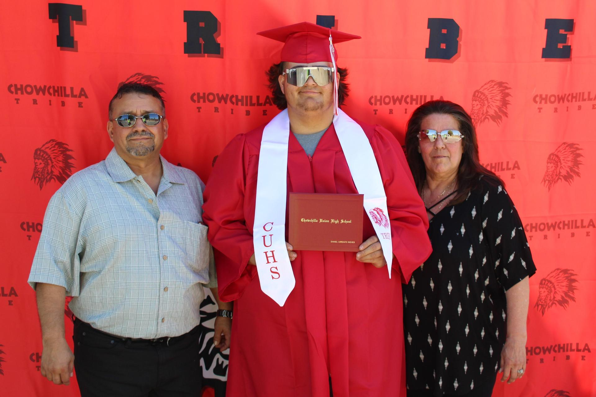 Daniel Nieves and family