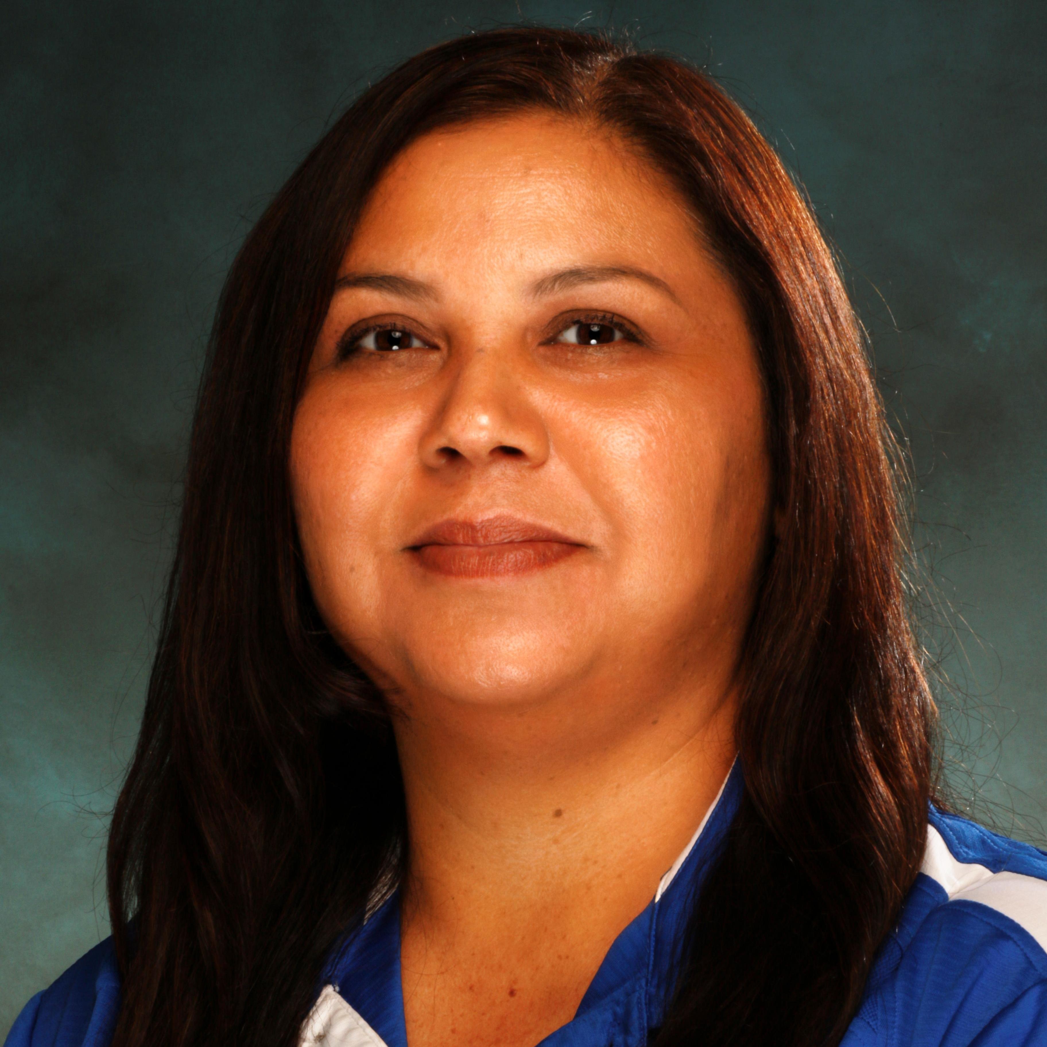 Julia Robles's Profile Photo