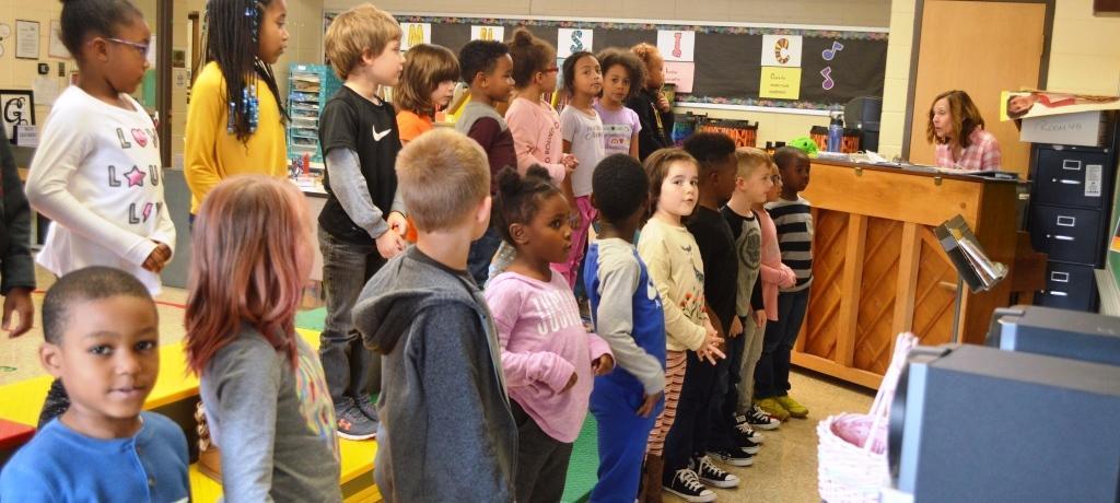 singing in music class