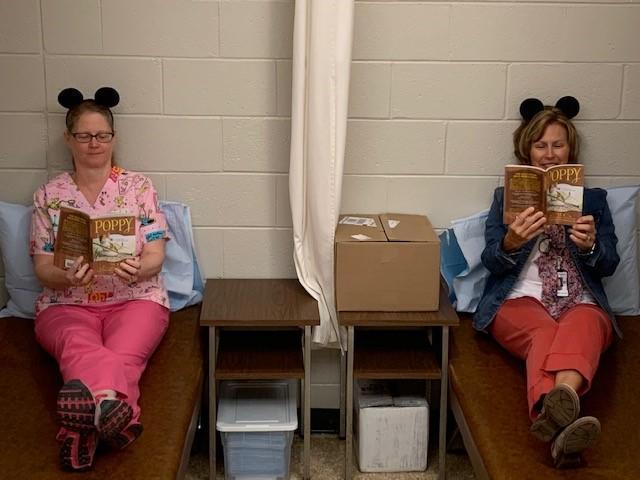 Nurses reading poppy