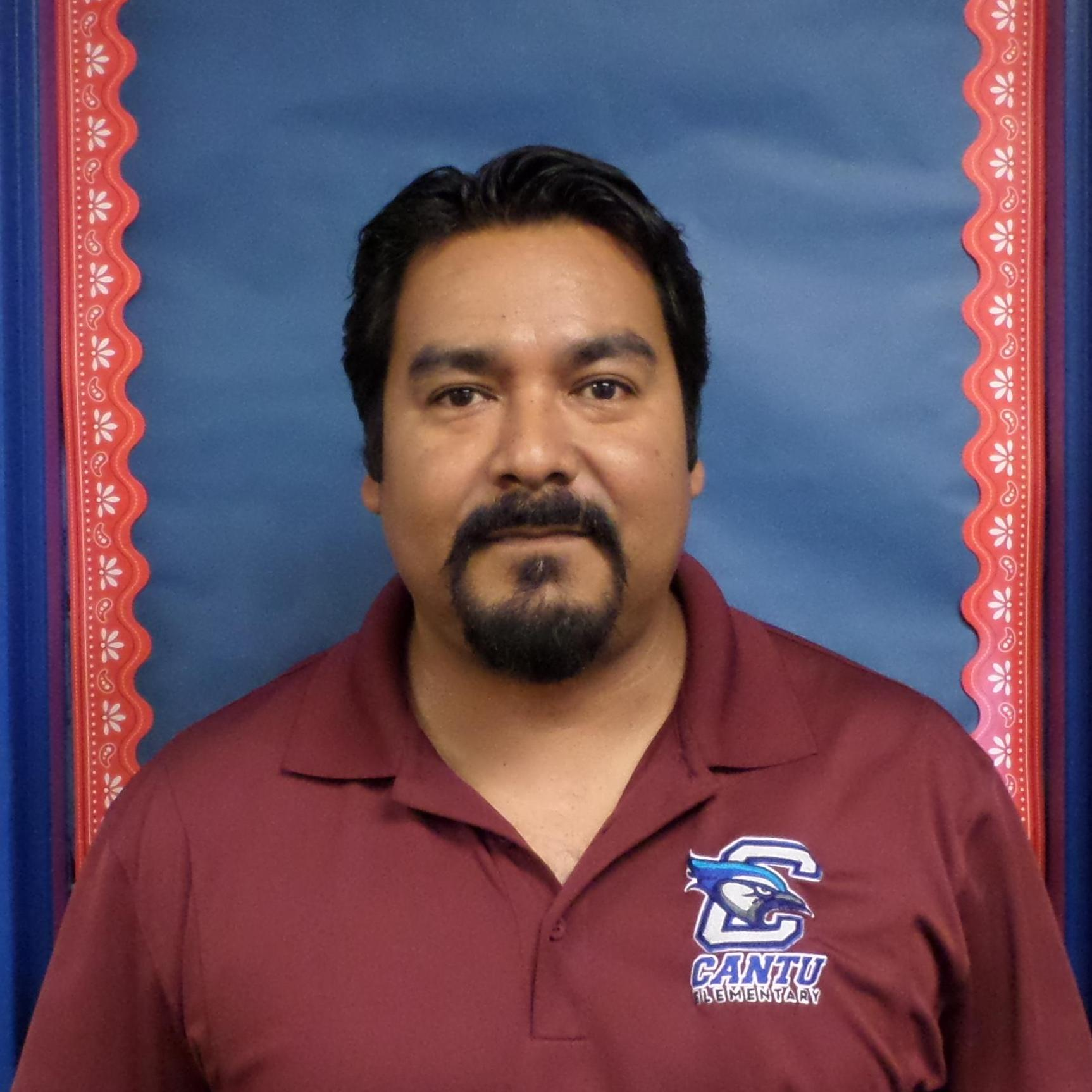 Rolando Ponce's Profile Photo
