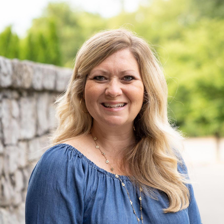 Suzanne Brown's Profile Photo