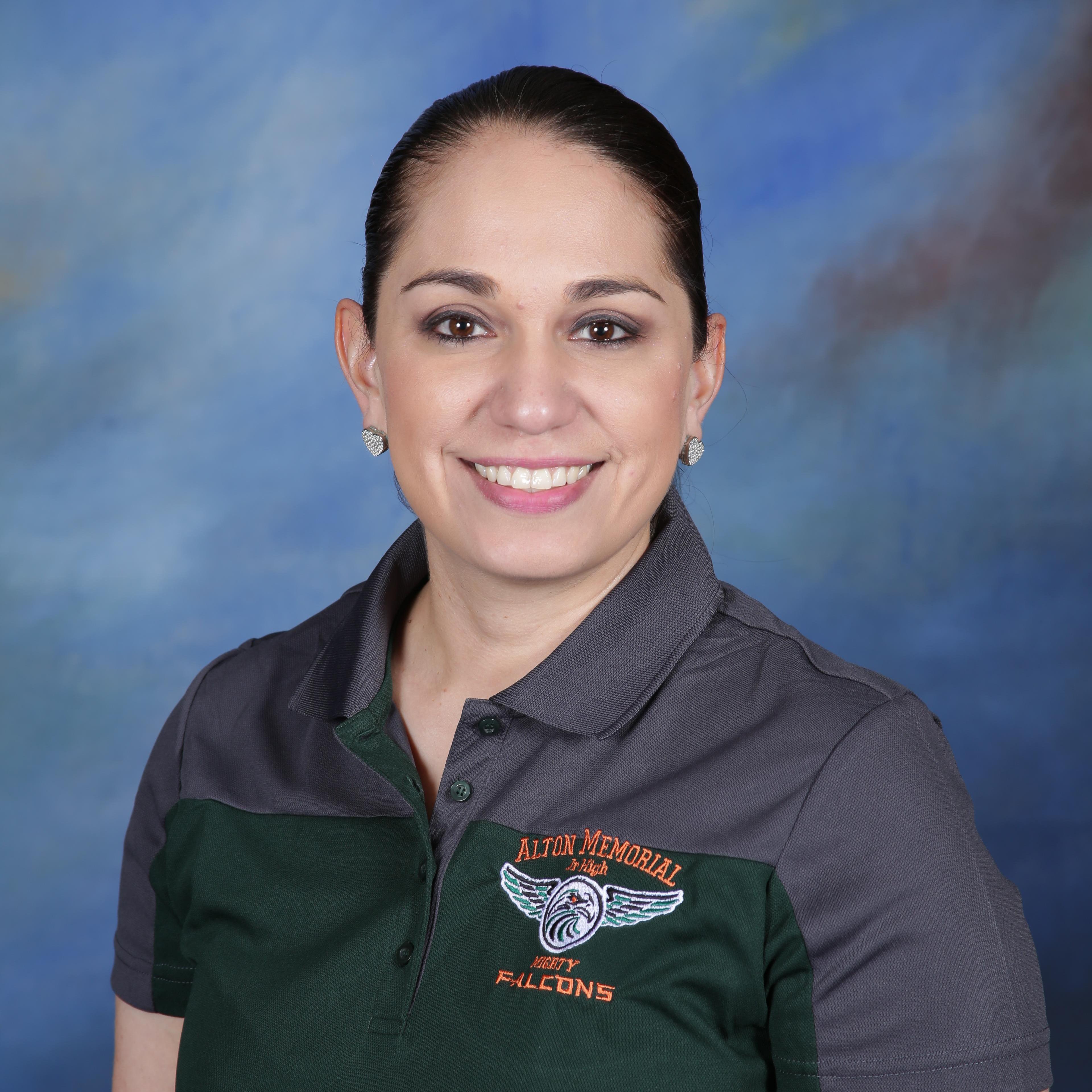 Adriana Vela's Profile Photo
