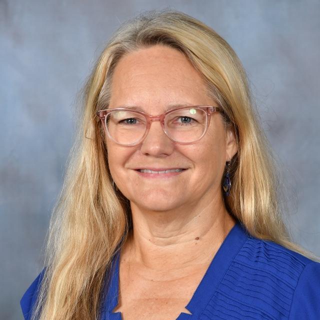 Karen Wood's Profile Photo