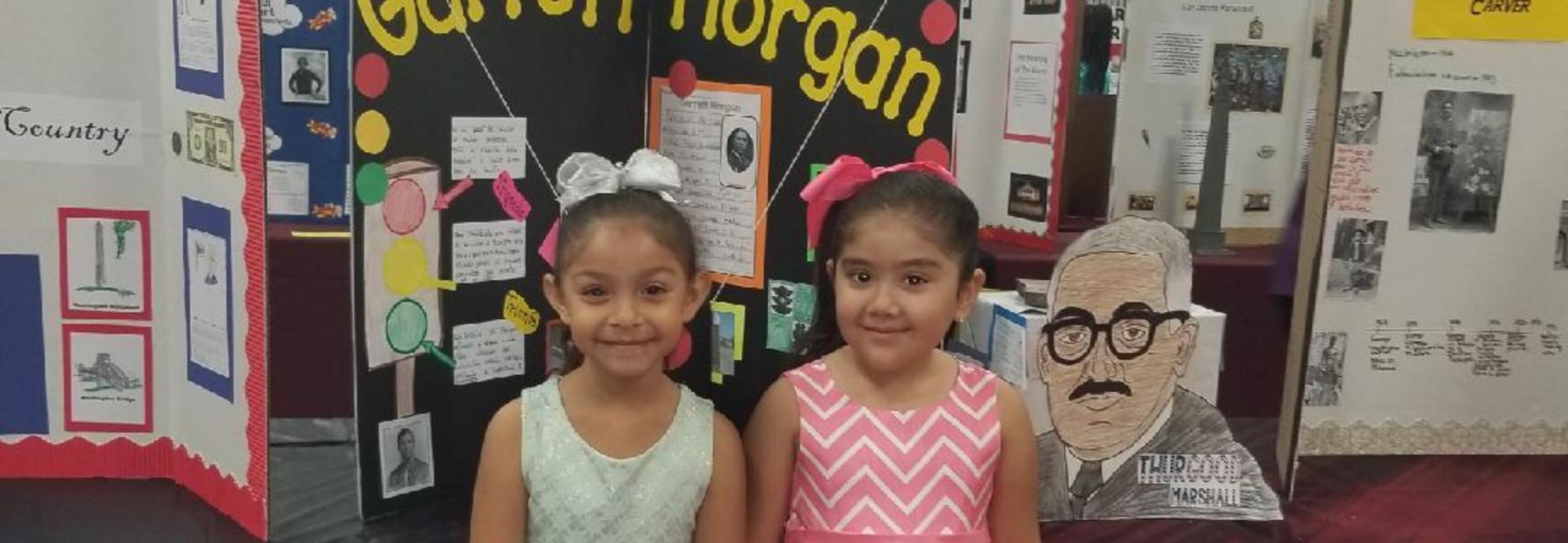1st grade students at the history fair