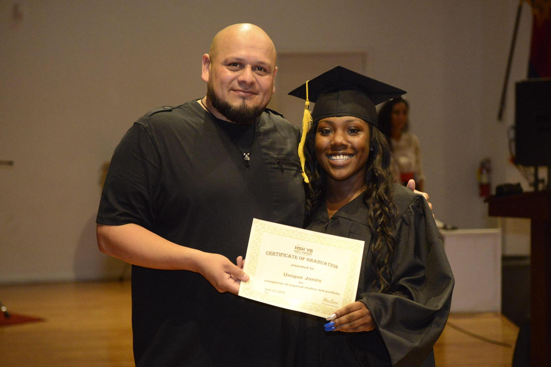 A 2018 Hollywood site graduate with Alex Lima