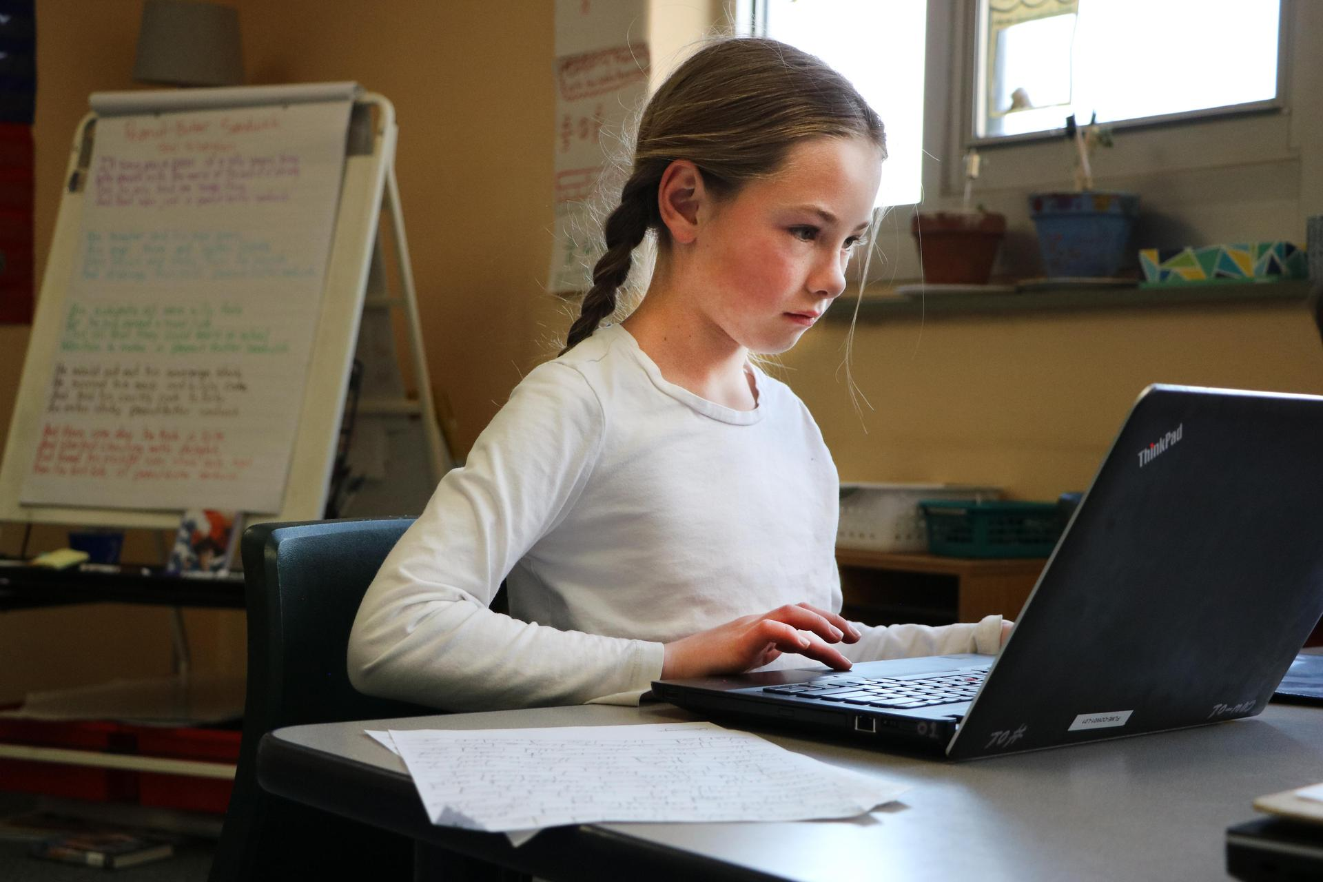 girl at laptop