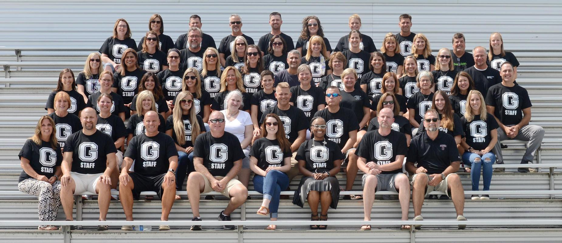 2019 middle school staff photo