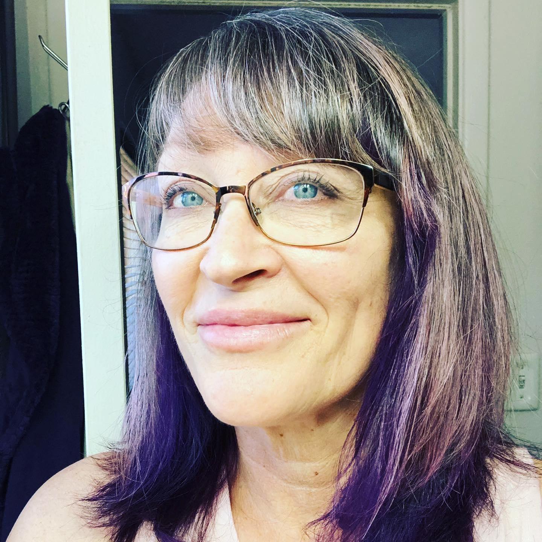 Suzanne Lasich's Profile Photo