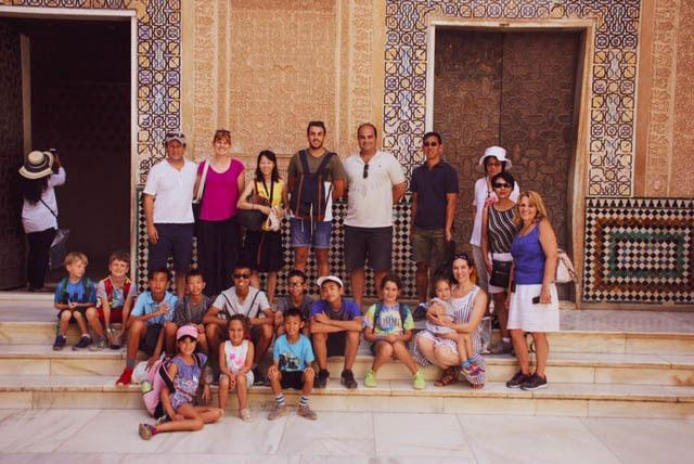 HudsonWay Immersion School students & staff sightsee in Spain