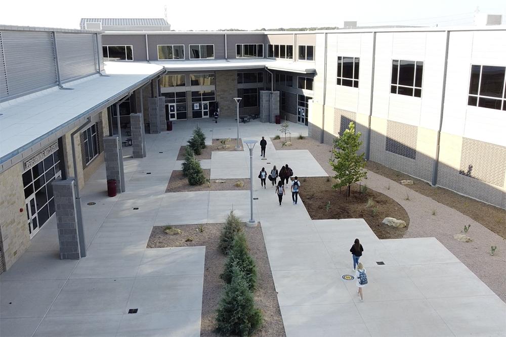 Davenport HS courtyard