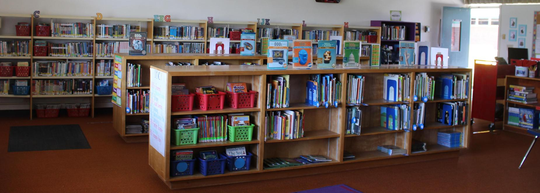 Summitview Elementary Library