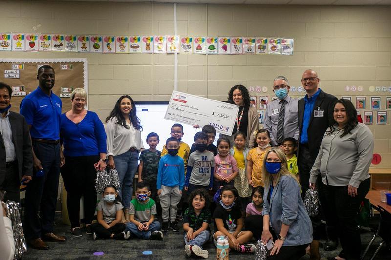 Sheldon Education Foundation awards $16,000 to new Sheldon teachers Featured Photo