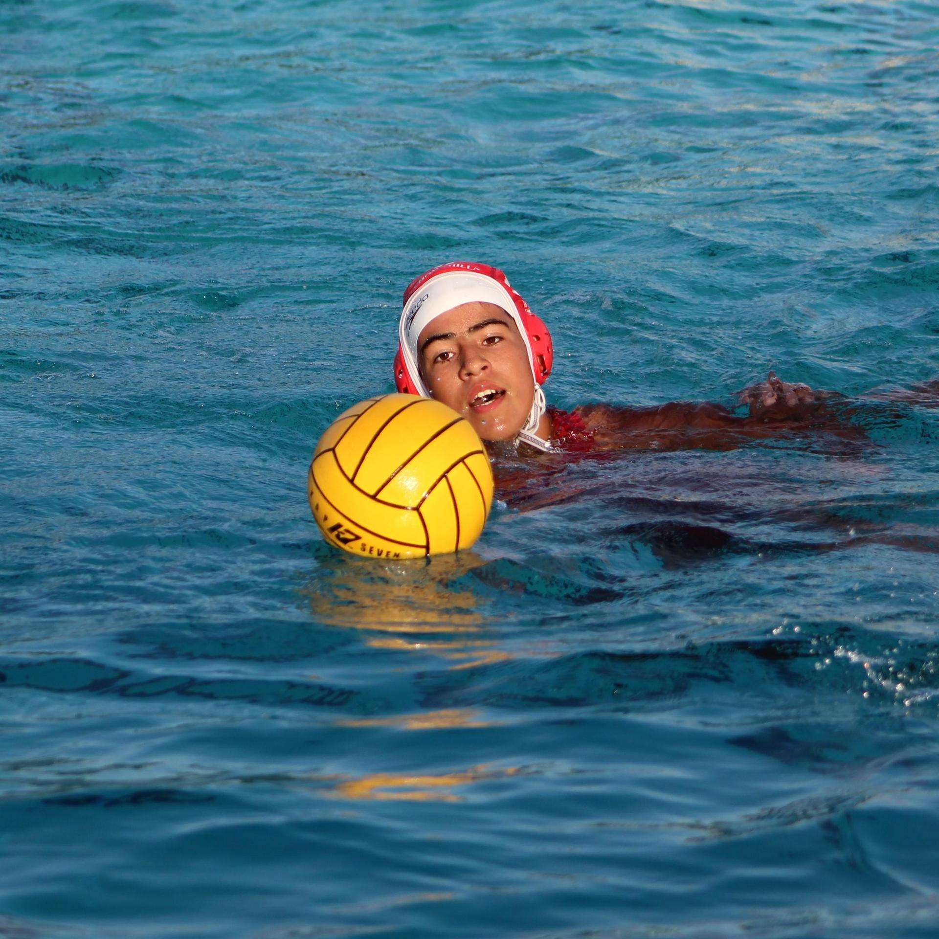 Girls water polo playing