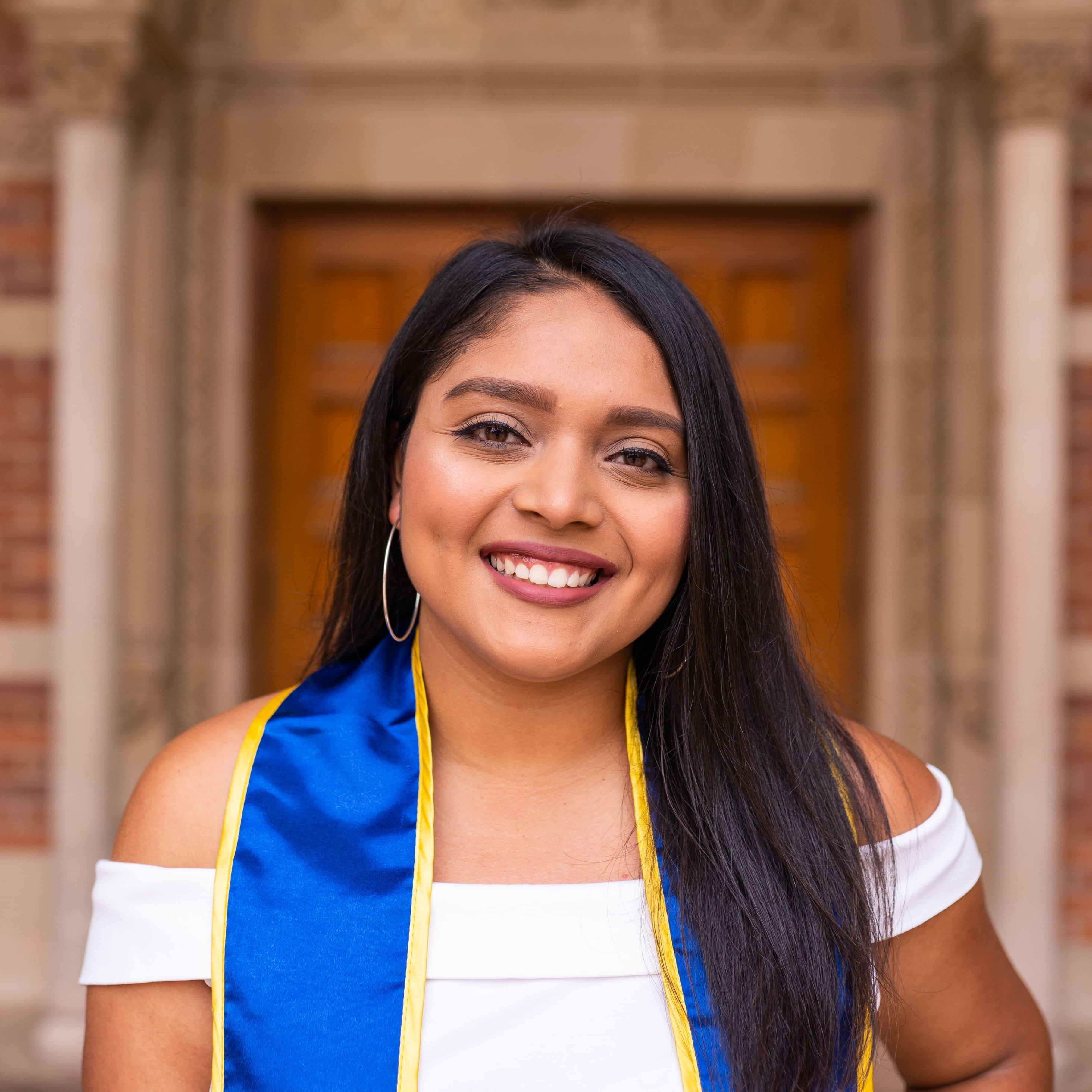Heydy Arias's Profile Photo