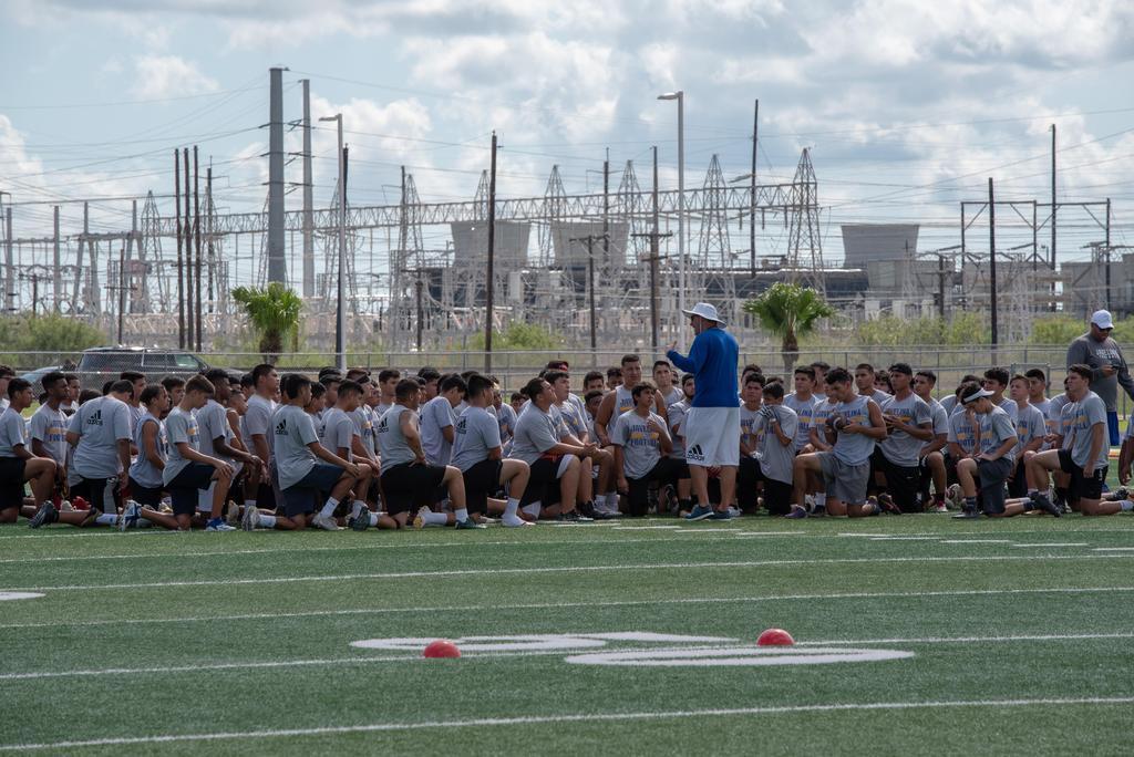2019: 06/13/19 Kingsville Football Camp