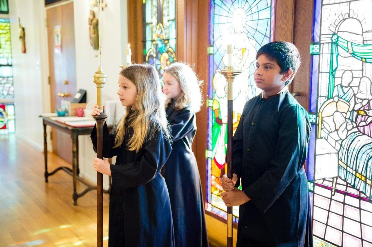 Students serving as acolytes during Chapel