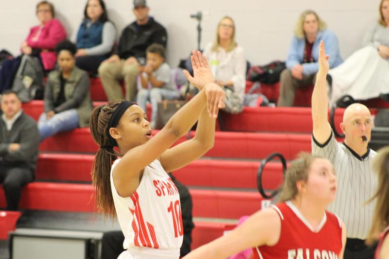 Dionne Sampson shoots a free throw.