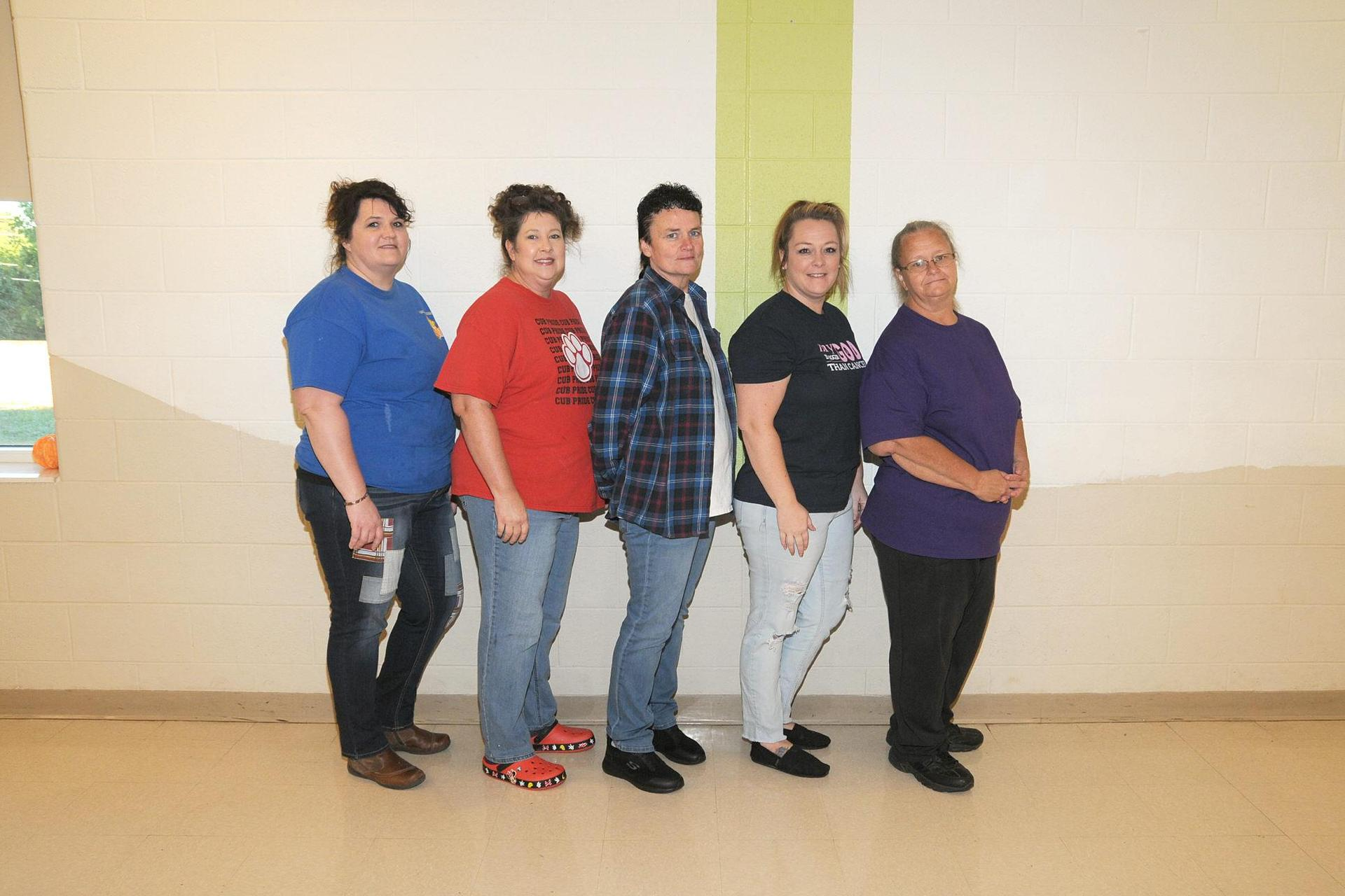 Picture of Cafeteria Staff