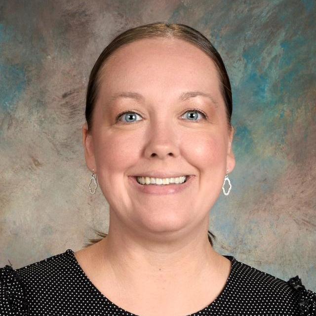 Julie Estes's Profile Photo