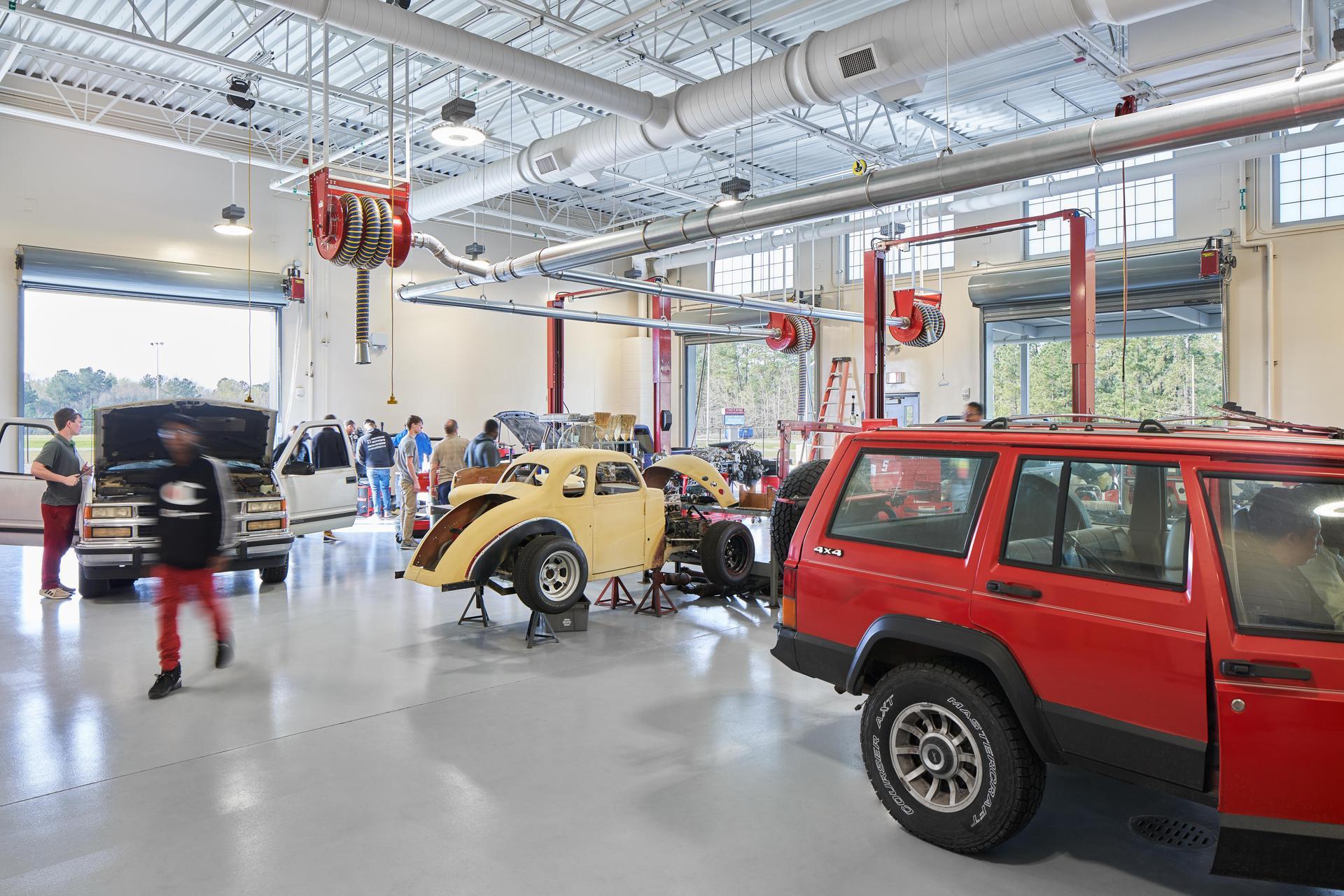 Lexington 2 Innovation Center Auto Body Shop