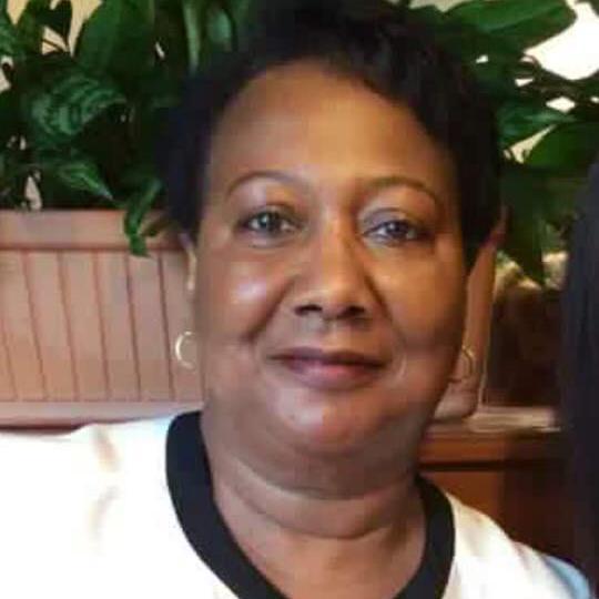Lois Robinson's Profile Photo