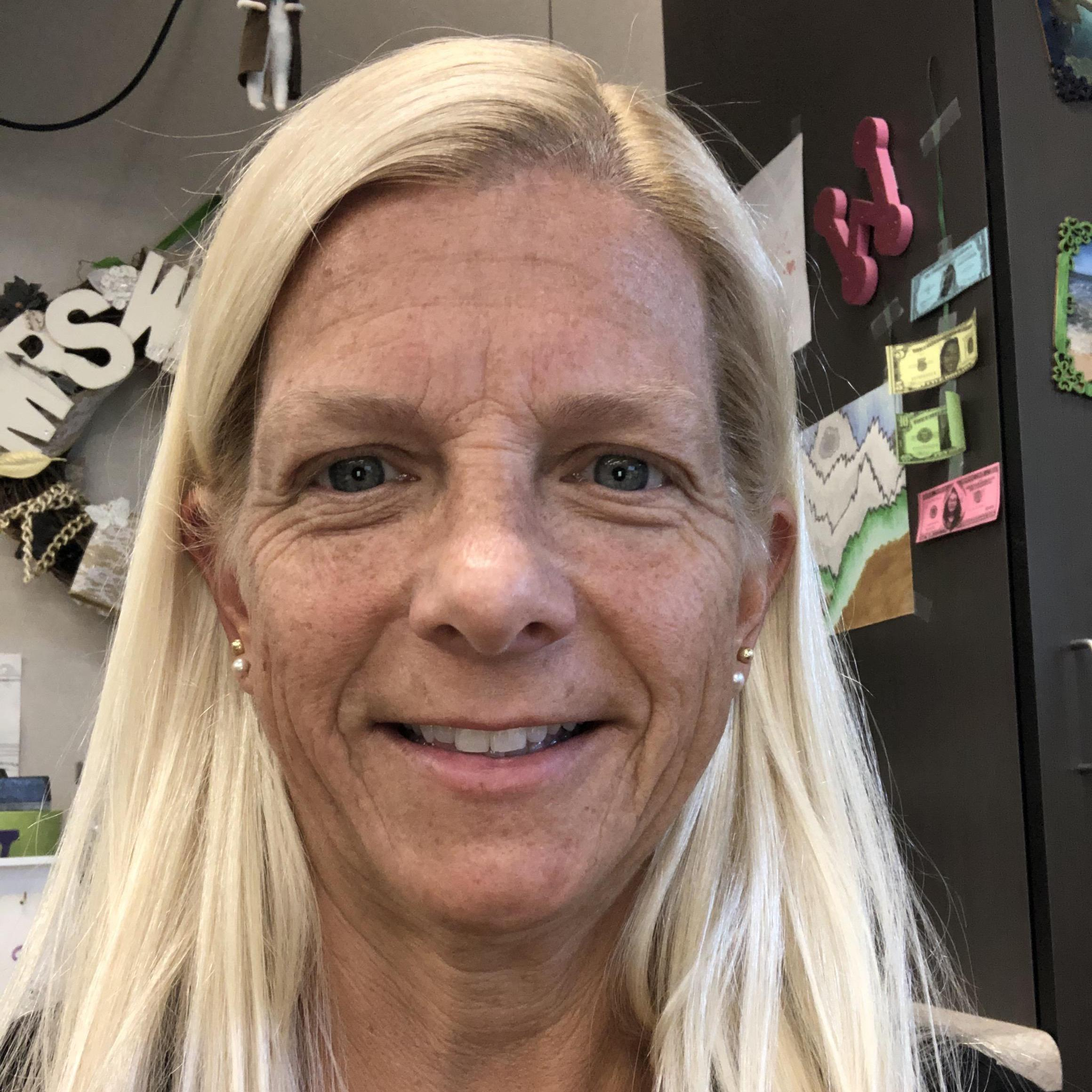 Amy Walker's Profile Photo