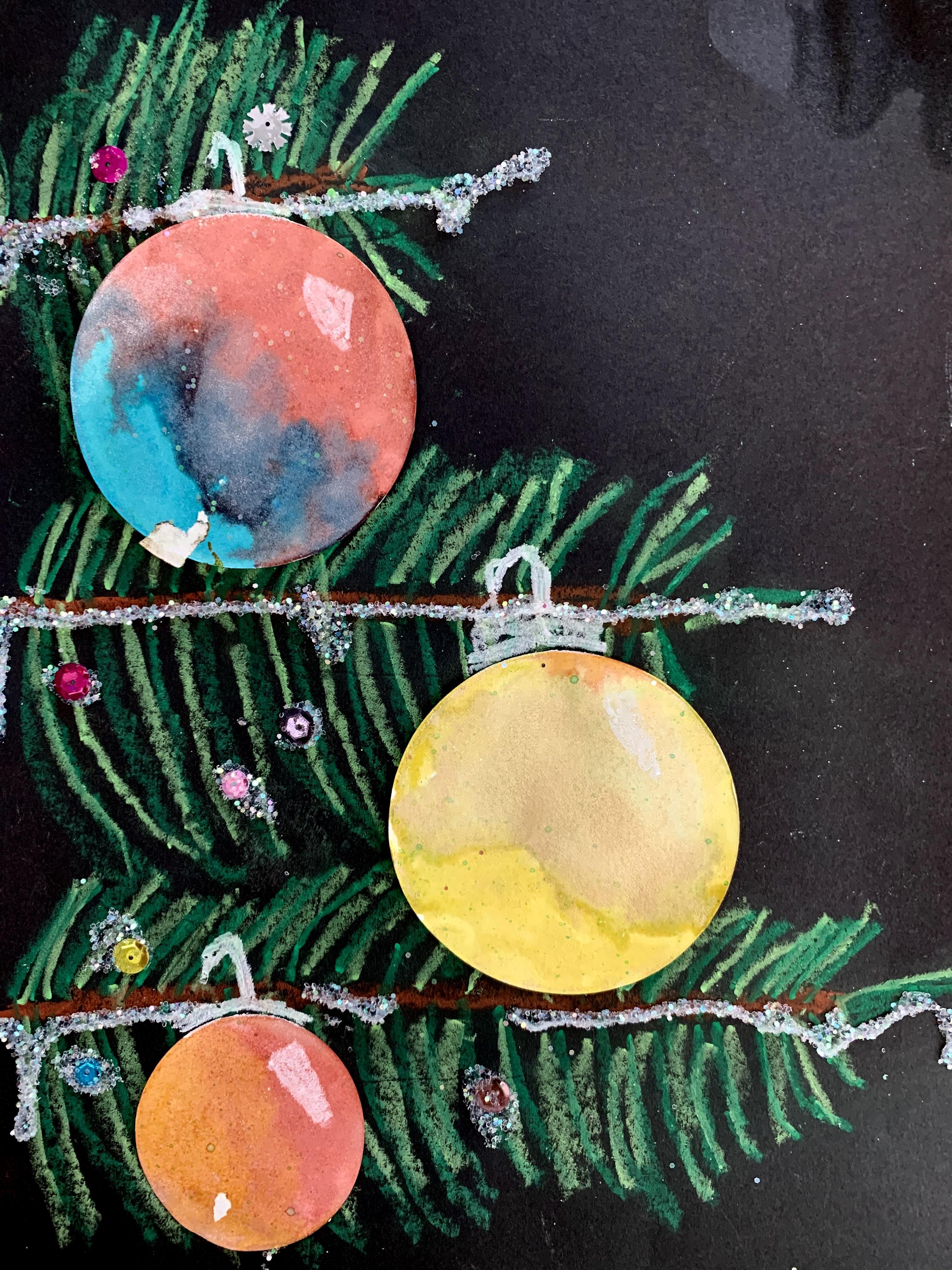 Pine Tree with Ornament 4
