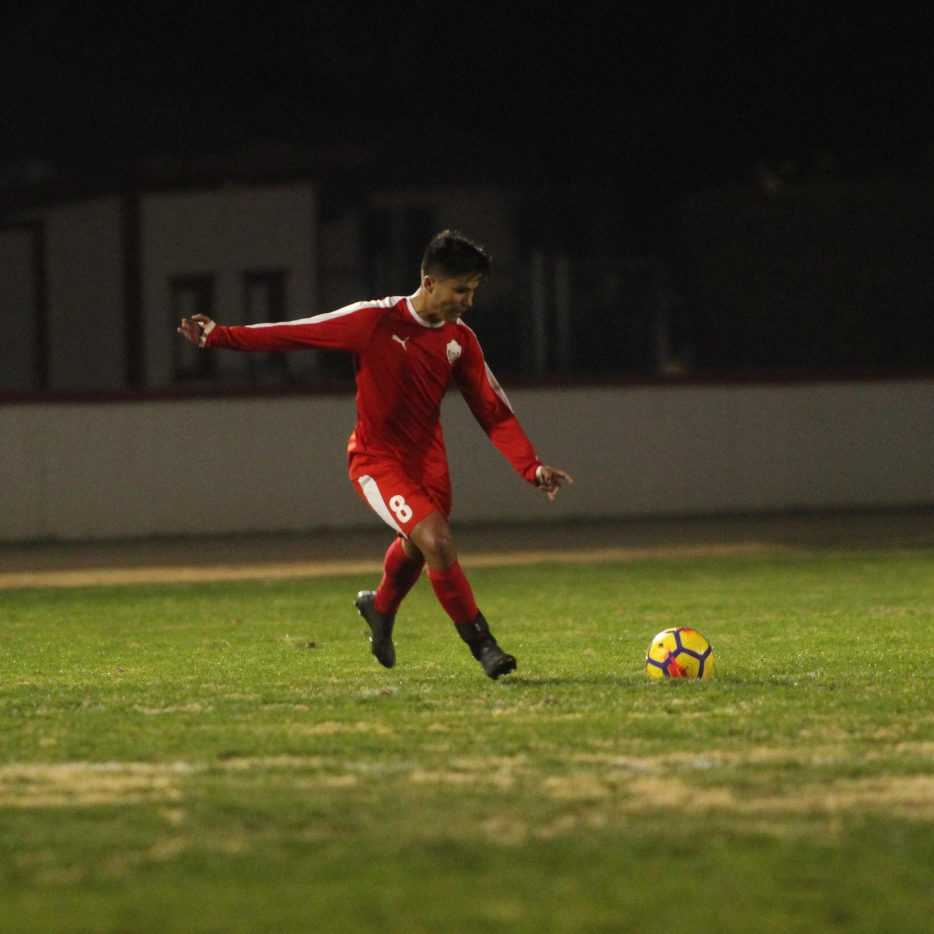 Favian Casillas kicking
