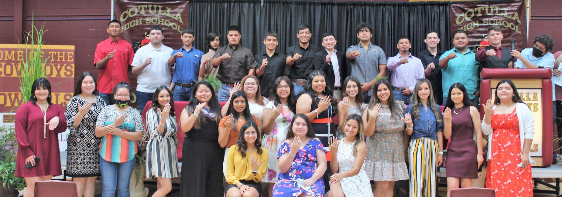 class of 2022 ring ceremony group pic
