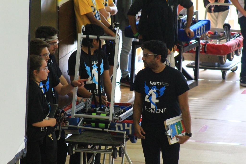 Practice robot drive team