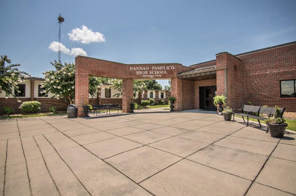 Hannah-Pamplico High School