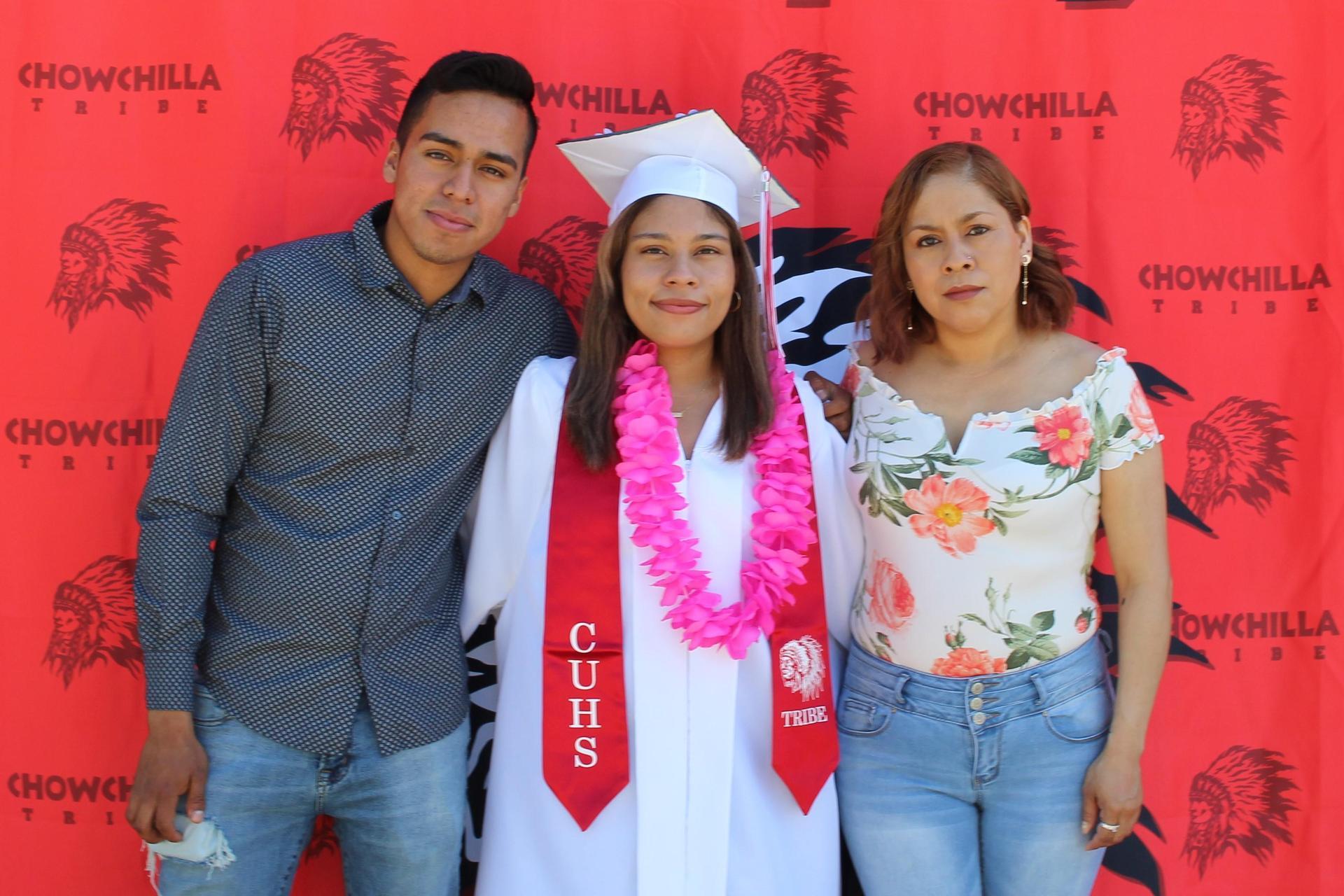Ana Lagunas and family