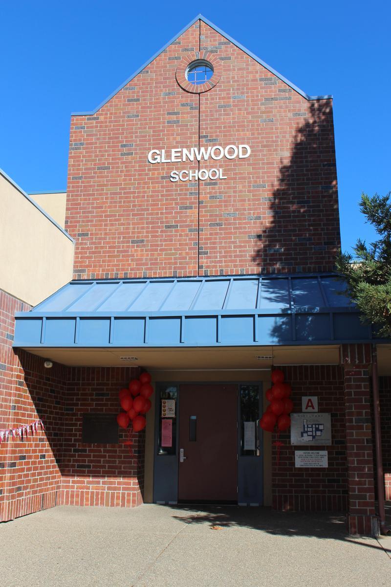 Glenwood Elementary front entrance