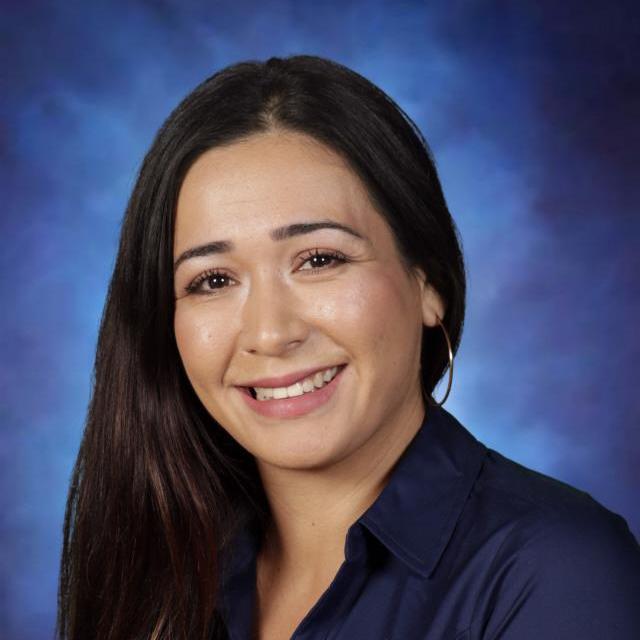 Natalia Flores's Profile Photo